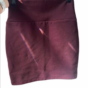 Forever 21 Maroon Banded Bodycon Basic Mini Skirt